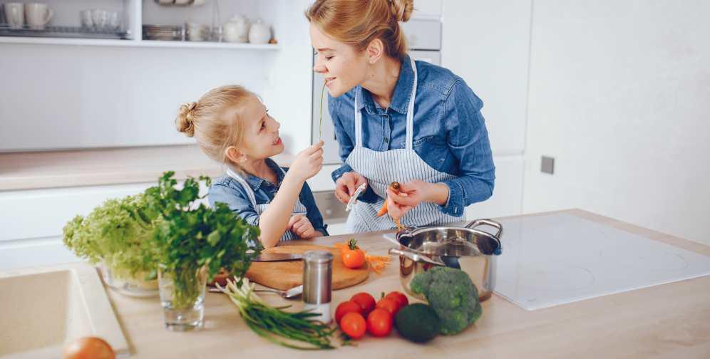 Foto de la entrada:15 hábitos de alimentación saludable para enseñar a tus hijos