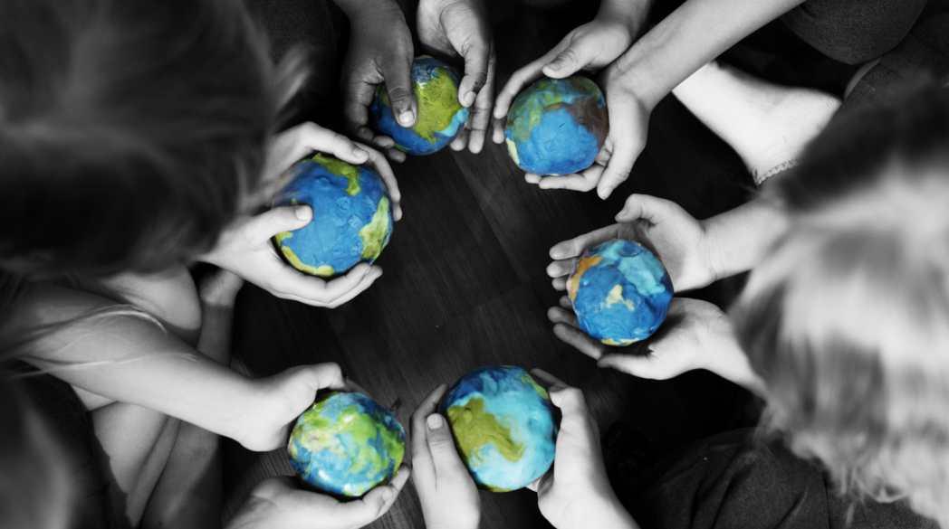 Foto de la entrada:7 ideas para fomentar la solidaridad en los niños
