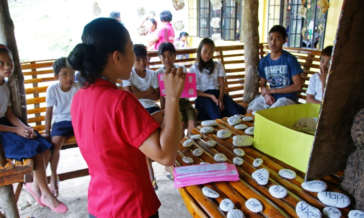 Actividad de vocabulario y comprensión lectora en Filipinas