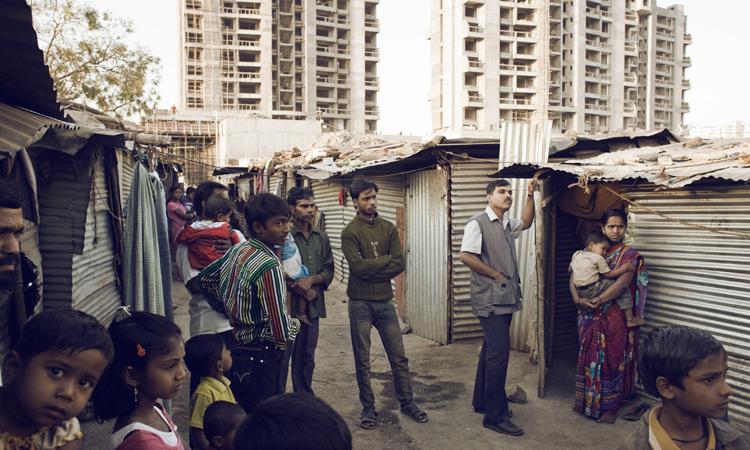 chabolas-en-edificio-en-construccion-en-Pune