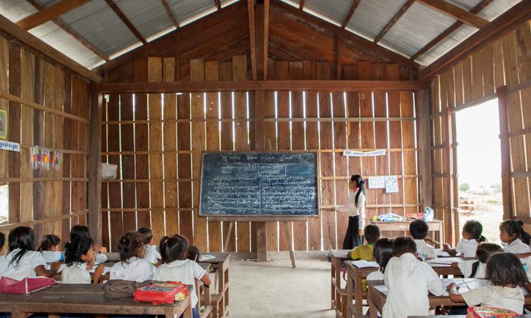 Escuela_Ou-Tasek-Camboya-interior