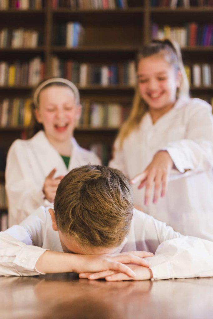 Consejos para prevenir el bullying en el curso