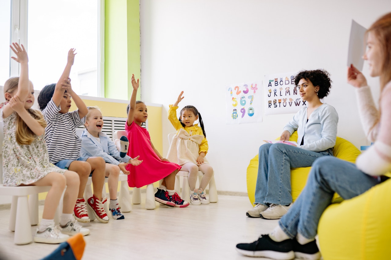 Beneficios de las dinámicas de grupo en la escuela