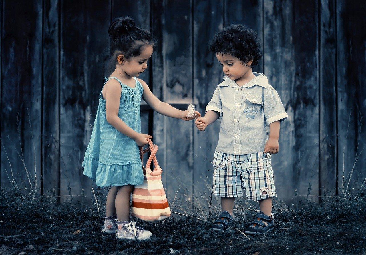 Consejos para crear buenas relaciones entre hermanos y hermanas