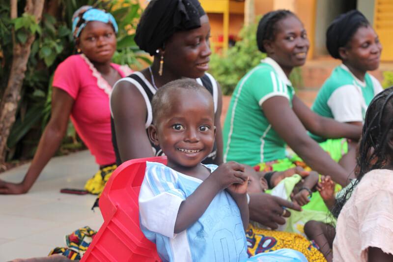 Foto El lugar de Ouahigouya donde mamás e hijos vuelven a respirar tranquilos