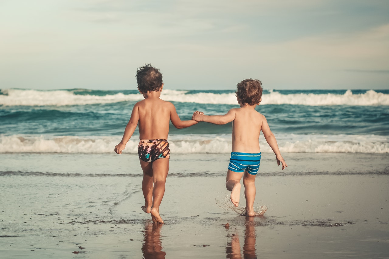 Image post ¿Cómo proteger a los niños y niñas de la ola de calor?