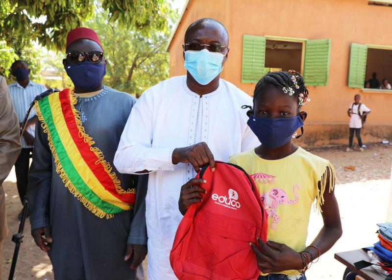 Vuelven las clases presenciales en Malí: dotamos de material escolar a 20 mil alumnos y 75 escuelas