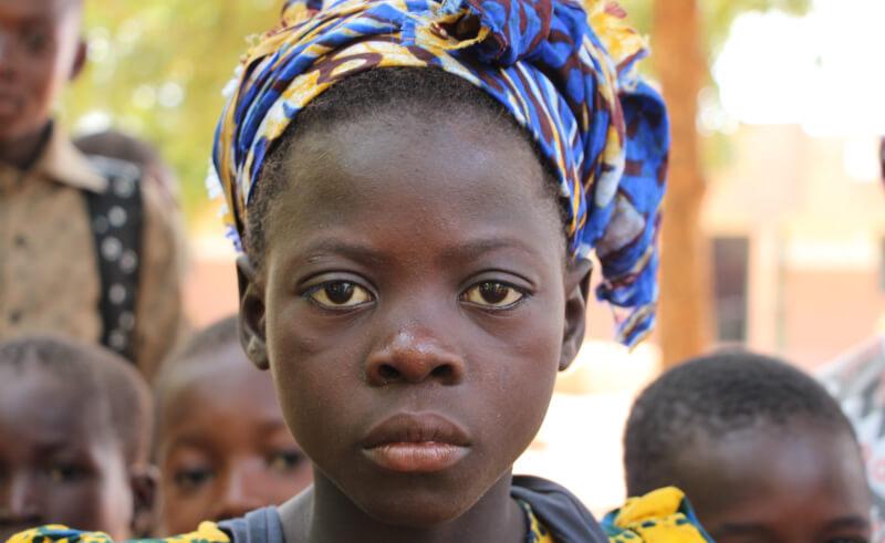 Foto de la entrada:Mutilación genital femenina: qué es, qué riesgos supone para las niñas que la sufren y dónde se practica