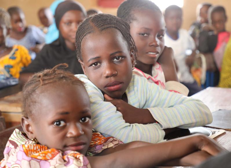 Image post ¿Cómo mejorar la vida de las niñas en países en desarrollo?