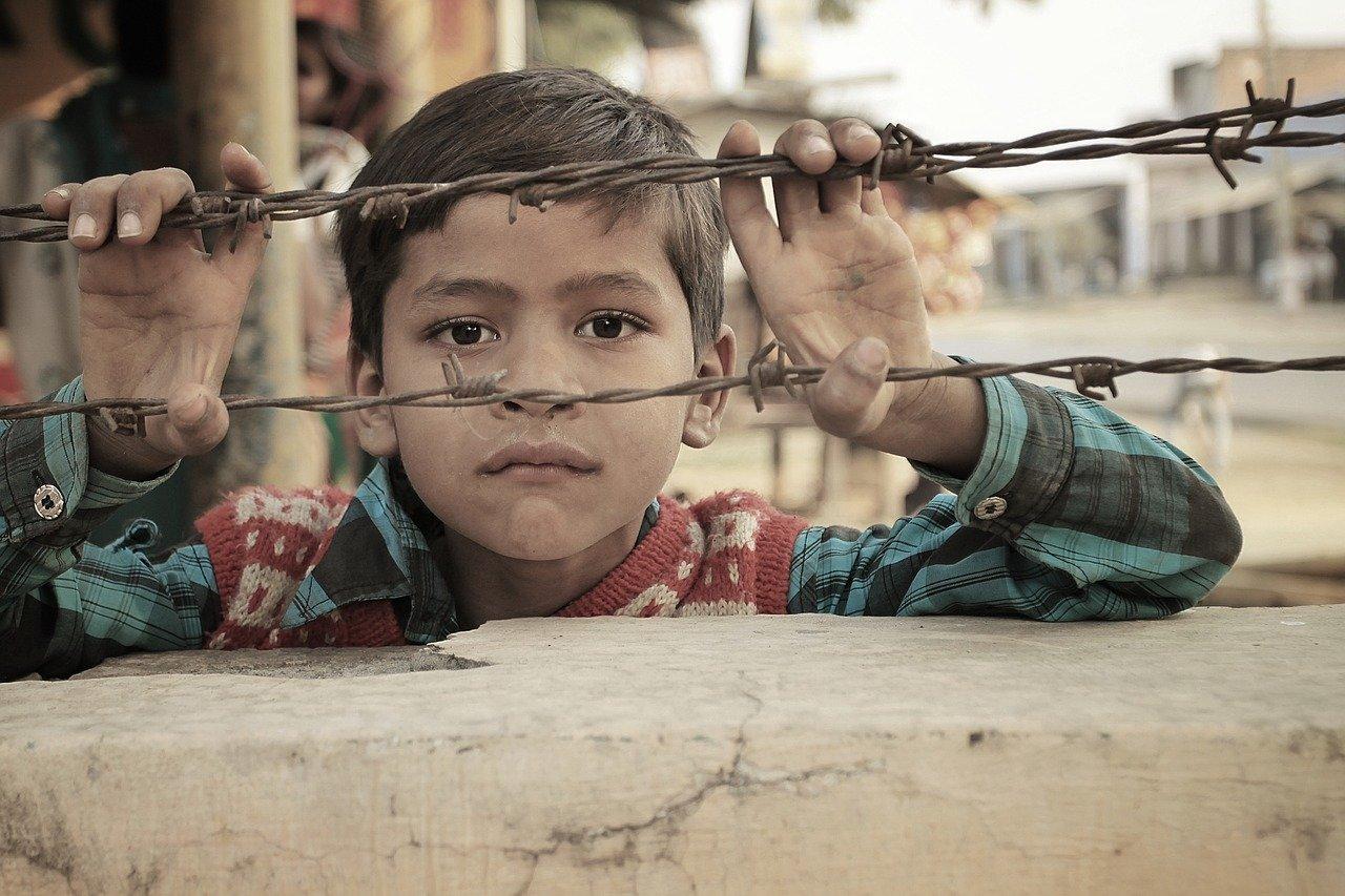 Protección de la infancia: en qué consiste y qué acciones se realizan