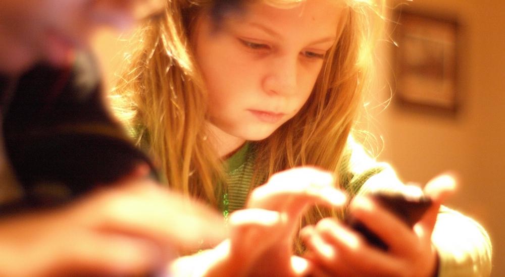 Image post El móvil, padres e hijos: claves para mediar su uso