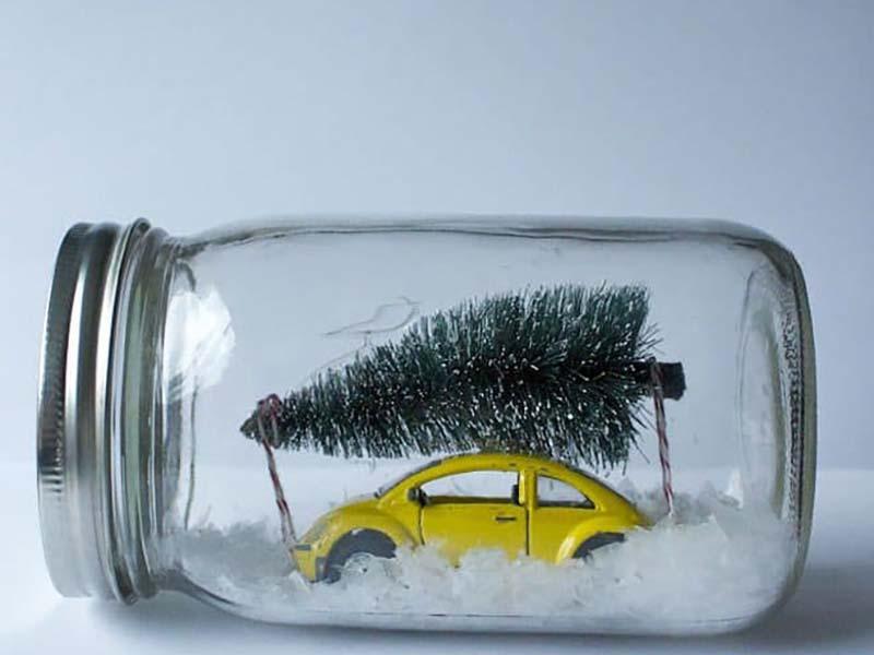 Frasco-de-vidrio-con-escena-navidad.jpg