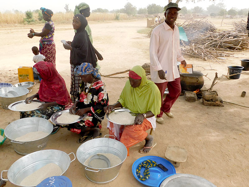 Mali-mujeres-alimentos2.jpg