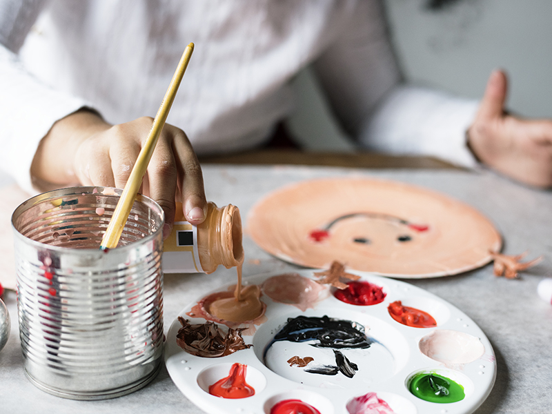 Nino-pintando.jpg