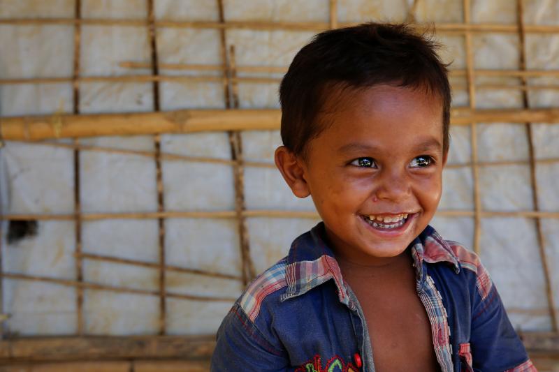 Coronavirus: Cestas básicas de alimentos, lotes de higiene y equipos de protección médica para la comunidad de refugiados de Cox Bazar, en Bangladesh