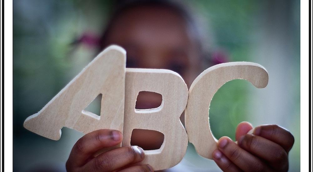 Foto de la entrada:Aprendiendo letras poco a poco