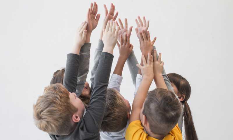 Foto 8 consejos para enseñar a los niños a compartir