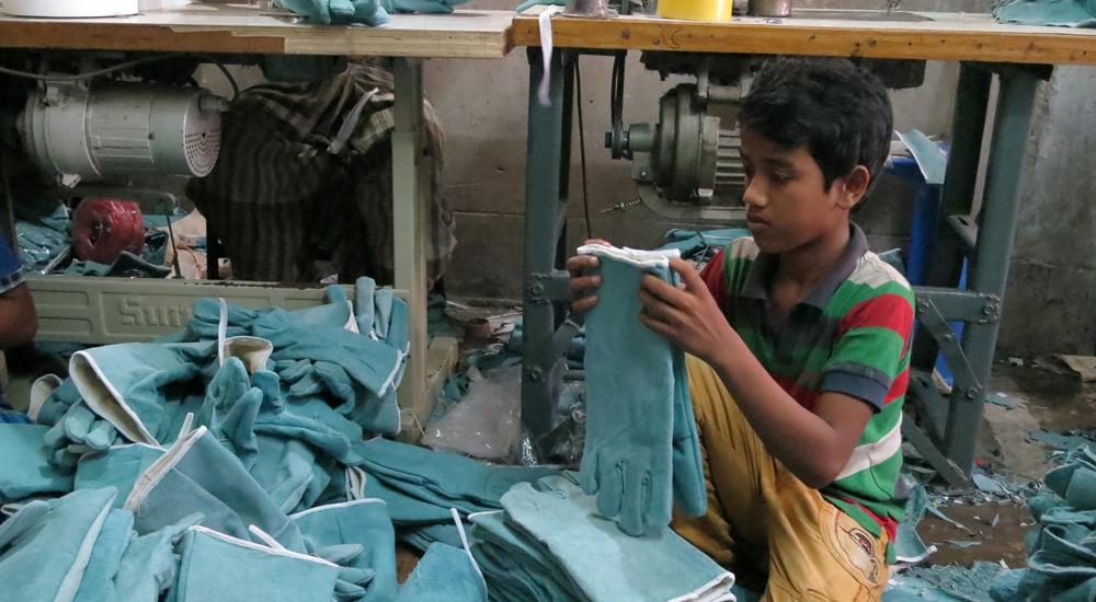 Los 15.000 guantes de Nazmul