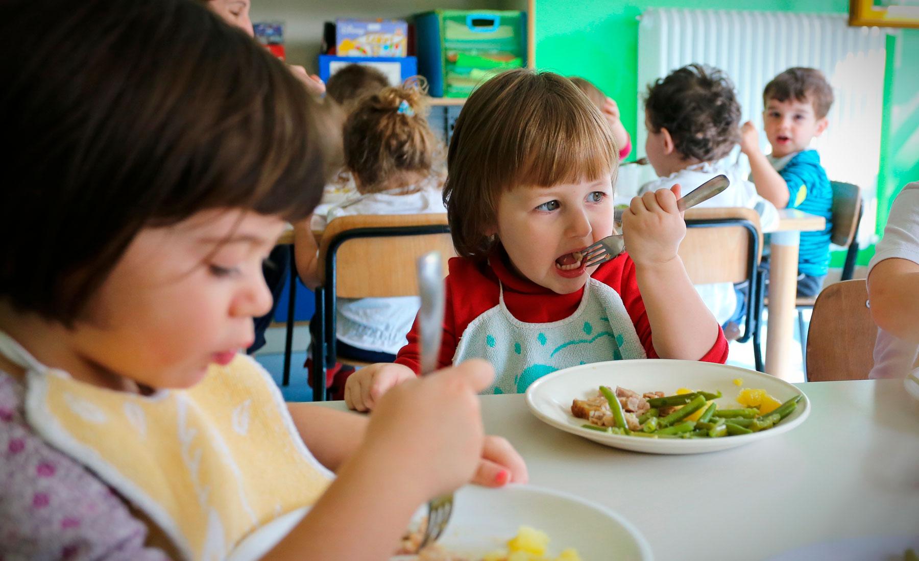 Hemos repartido 2 millones de comidas con el programa Becas Comedor
