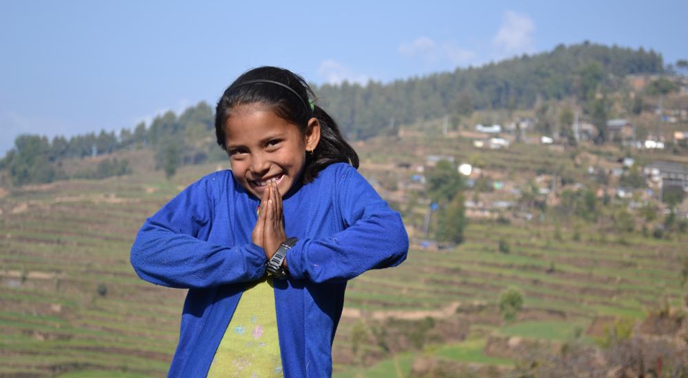 Foto de la entrada:Un año después, los niños de Nepal vuelven a sonreír