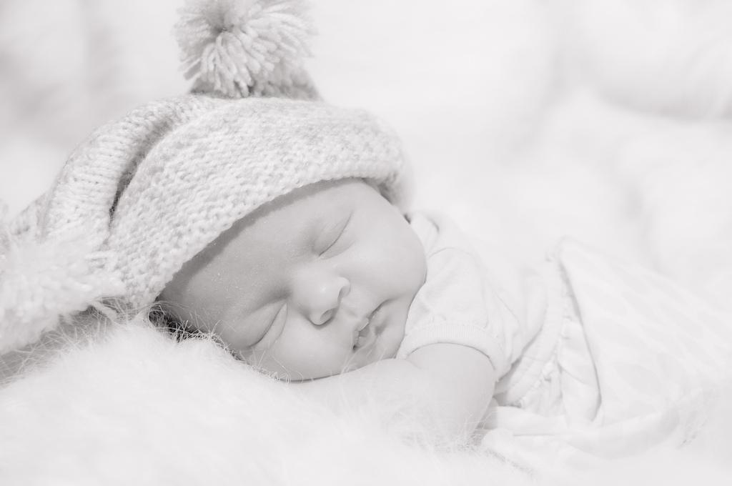 ¿Por qué los bebés padecen cólicos?