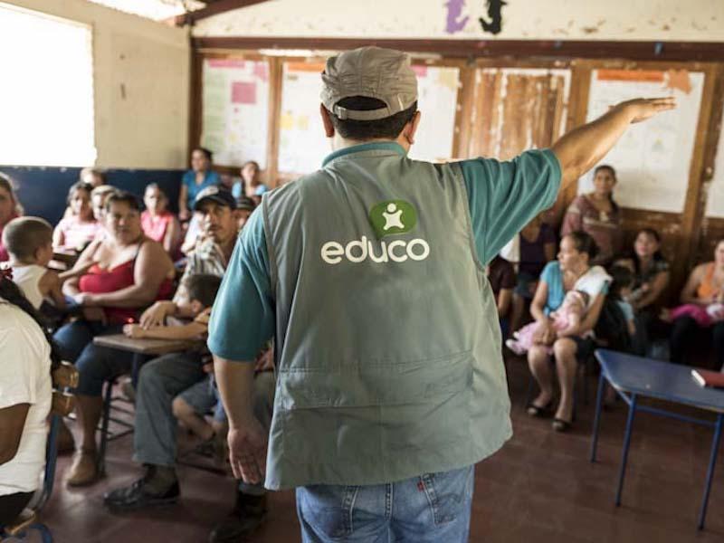 Foto de la entrada:5 razones por las que la labor de las ONGs es fundamental