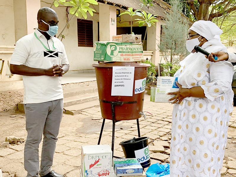 Coronavirus: Productos higiénicos para centros de atención a trabajadoras domésticas en Malí