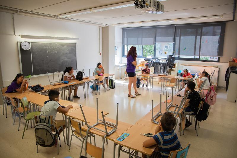 Foto de la entrada:La escuela y los amigos, lo que más echan de menos los niños, niñas y adolescentes durante la pandemia mundial del coronavirus