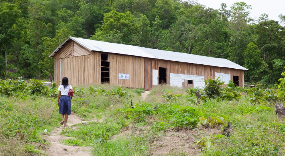 Foto de la entrada:Una escuela en el paisaje de Ou Tasek