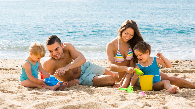 Foto de la entrada:26 actividades infantiles para disfrutar con los niños en la playa
