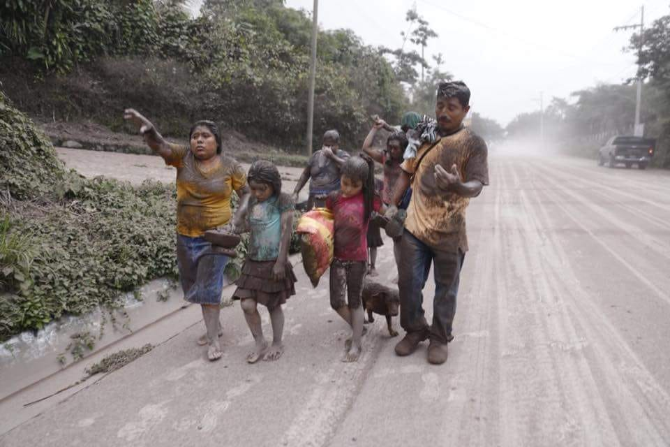 Image post Emergencia en Guatemala tras la erupción del volcán de Fuego