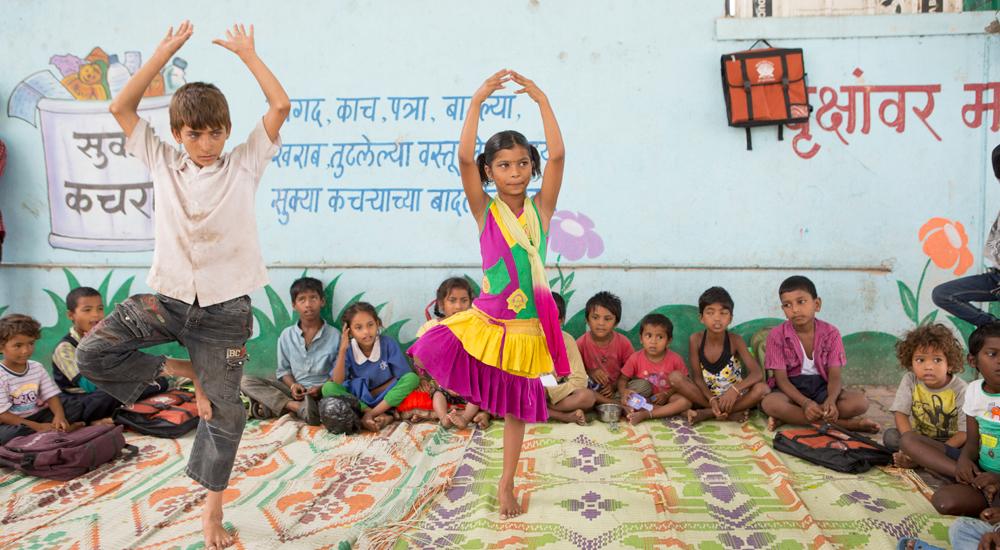 India: escuelas en la calle