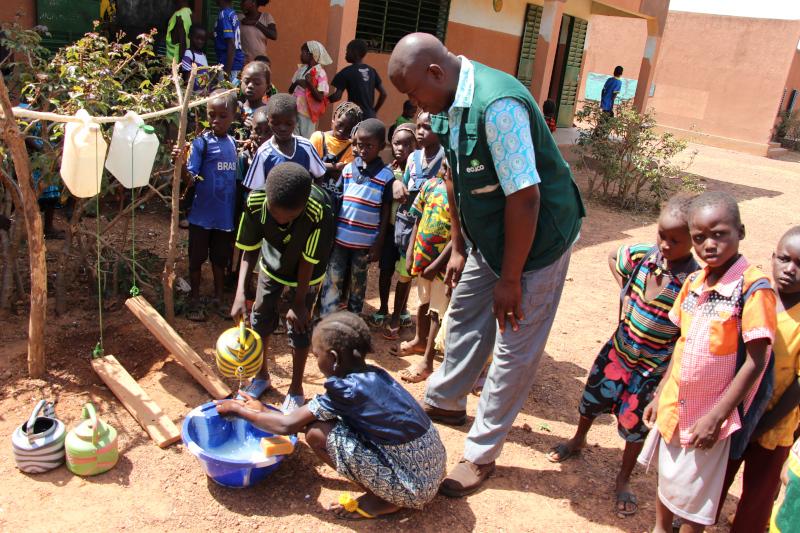 lavado-de-manos_Burkina.JPG