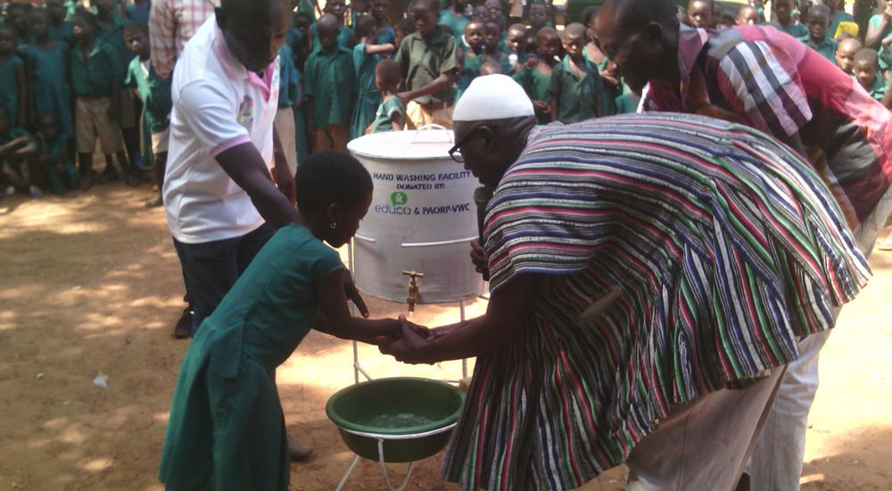Foto de la entrada:La prevención, clave para luchar contra el ébola