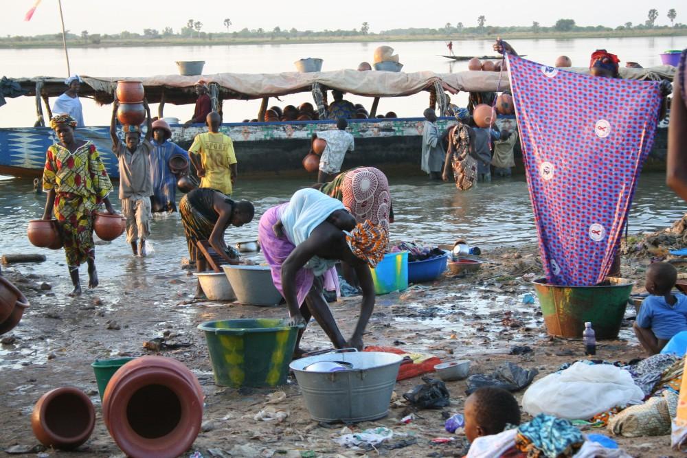 Material para trabajar en el aula: Qué problemas de salud causa la contaminación y el estancamiento de las aguas en Malí