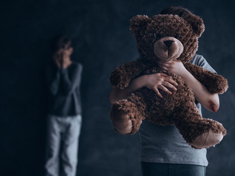 Tipos de maltrato infantil y consecuencias de la violencia infantil