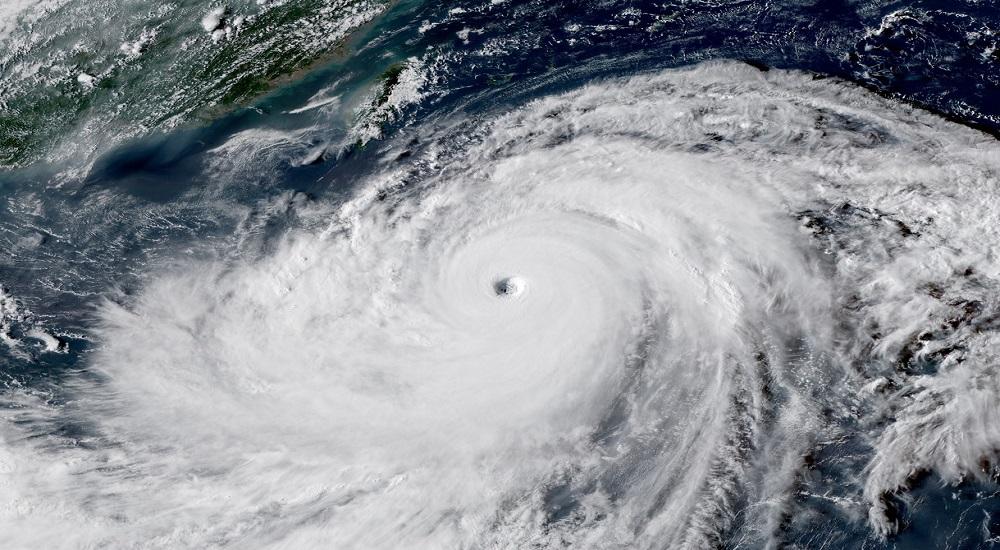 Pendientes de la infancia tras el paso del tifón