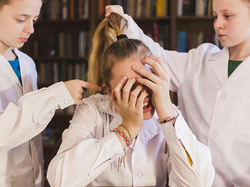 Cómo actuar frente al bullying, guía para padres y docentes