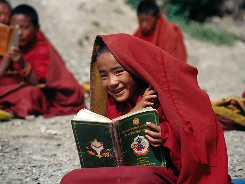 nino-budista-libro.png