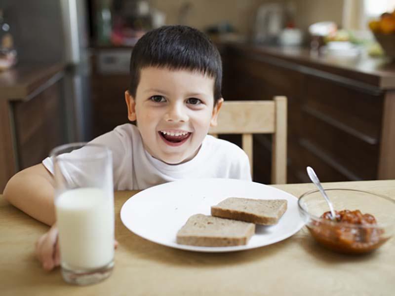 Desayunos saludables para tus hijos e hijas