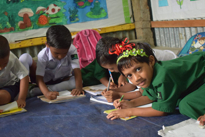 ninos-clase-Bangladesh.jpg