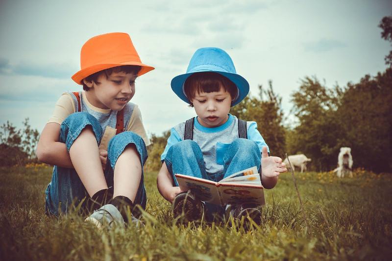 Foto de la entrada:La importancia de leer cuentos y libros infantiles