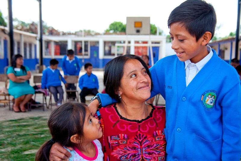Foto Mostrar afecto hacia los hijos y la familia trae beneficios