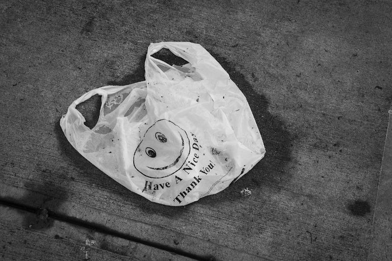 8 cosas que puedes hacer con bolsas de plástico para no tirarlas a la basura