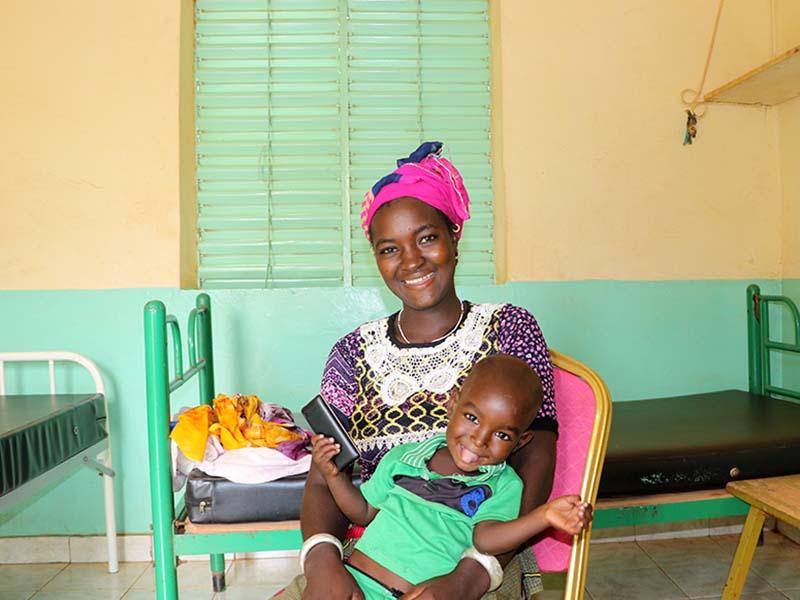 Foto de la entrada:Ramata: la madre que vio a su hijo curarse de desnutrición