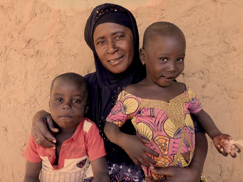 """Foto de la entrada:""""Ahora son mis hijos y los cuido lo mejor que sé"""""""