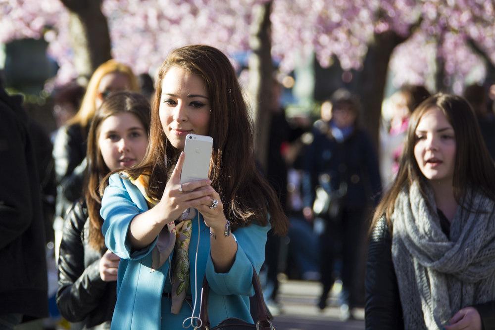 Qué es el sexting y cómo proteger a los adolescentes
