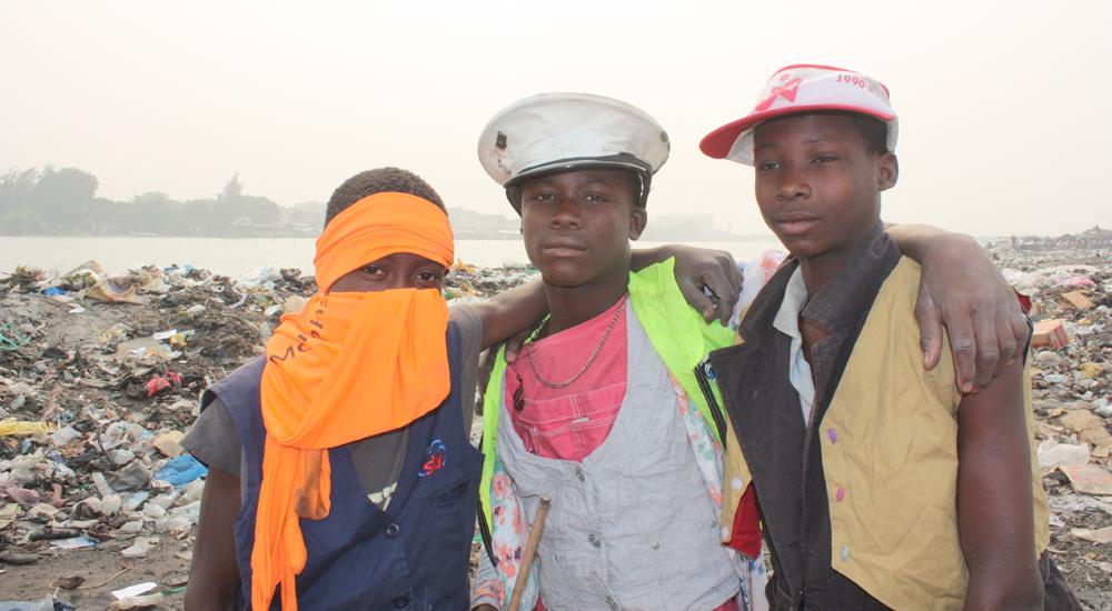 Benín: los niños del vertedero