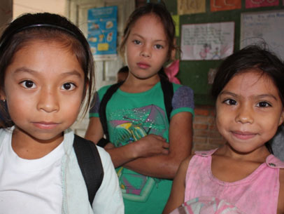 becas ella, El Salvador