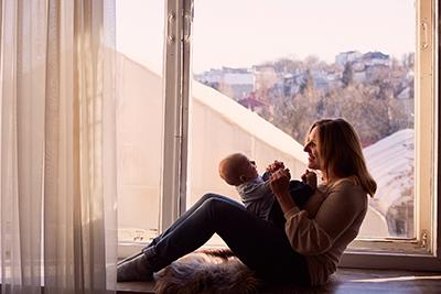 Foto artículo:Vivir sola con hijos: barreras y castigos